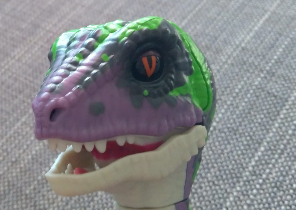 Review Untamed Raptors