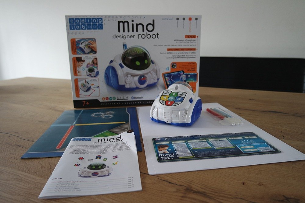 DeMind Designer robot van Clementoni - inhoud