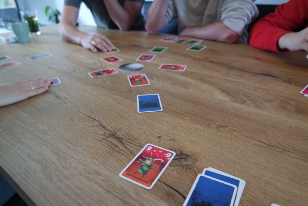 Party Bugs Kaartspel spelen