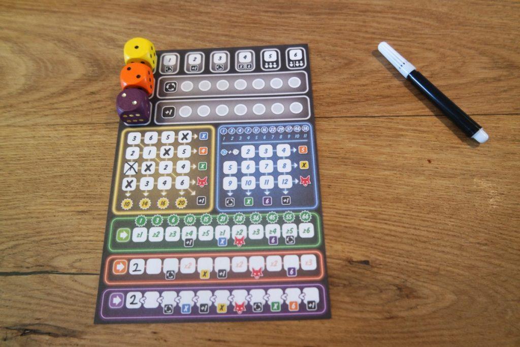 Scoreblok van het dobbelspel Clever