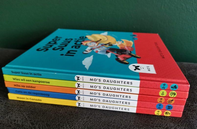 Mo's daughters