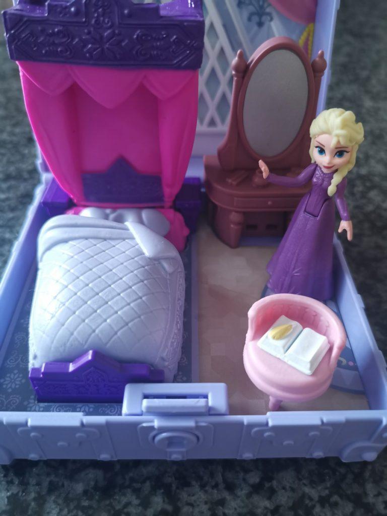 Frozen Pop Adventures - Elsa's slaapkamer