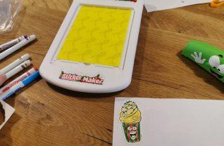 Silly Scents Sticker Maker Crayola