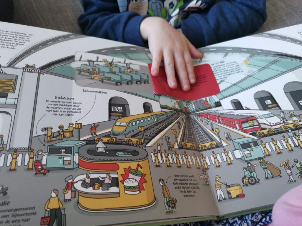 Lonely Planet Junior Hoe werkt een trein