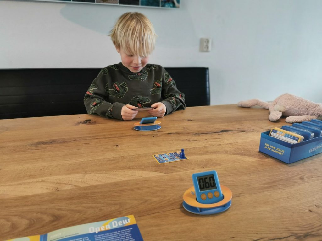 De Slimste Mens Ter Wereld Junior Het Bordspel Alles Over Speelgoed