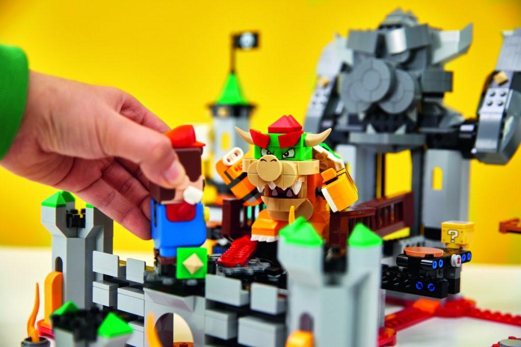 Eindbaasgevecht op Bowsers kasteel - 71369