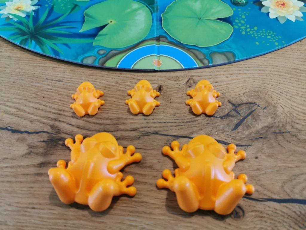 Kikkers in het spel Froggit van SmartGames