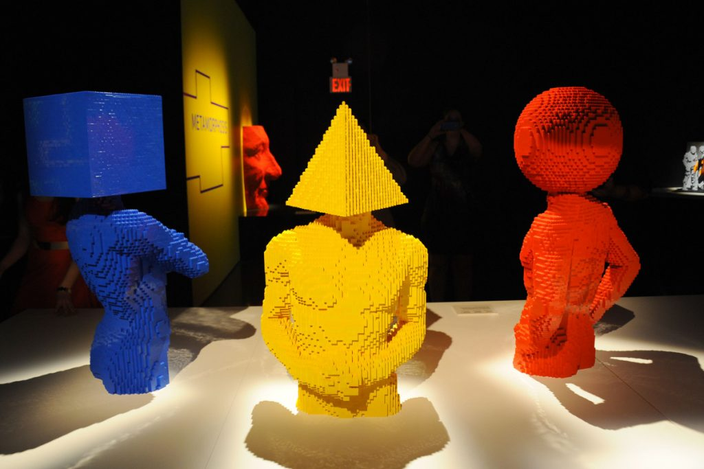 The Art of the Brick (1)